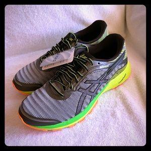 Men's ASICS DynaFlyte Running Shoes